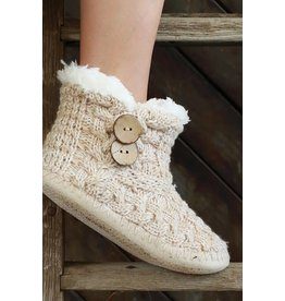 URBANISTA COCONUT BUTTON KNITTED SLIPPER