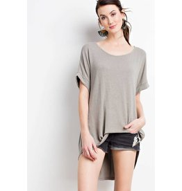 HI/LOW KNIT TUNIC S/S TOP