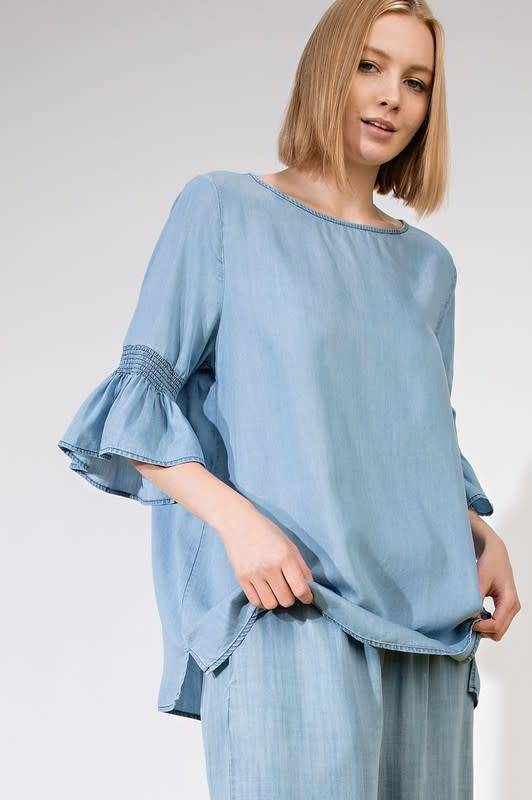 WASHED DENIM BELL SLEEVE TOP