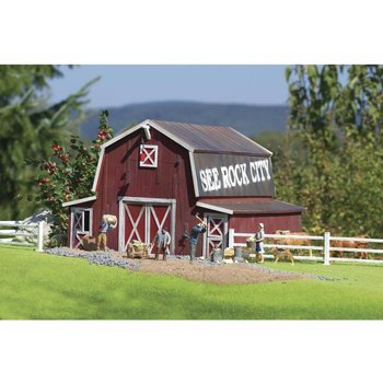 Piko G Red American Barn Kit # 62110