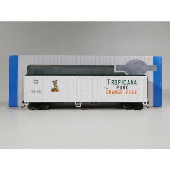 Bachmann HO Scale Tropicana 50' Steel Reefer #17947