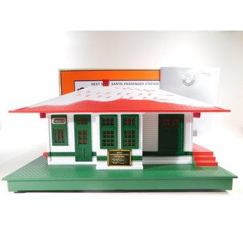 Lionel O Gauge Next Stop, Santa Passenger Station #2029030