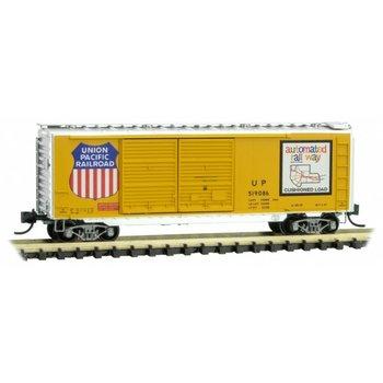 Micro Trains Line N Union Pacific 40' Double Door Box car # 023 00 361