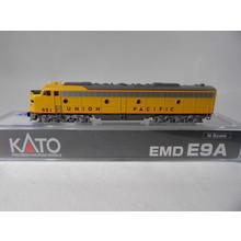 Kato Trains KATO N Scale Union Pacific E9A #176-5305