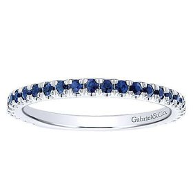 LR50889 thin sapphire stackable band