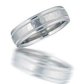 N00124 hammered wedding band