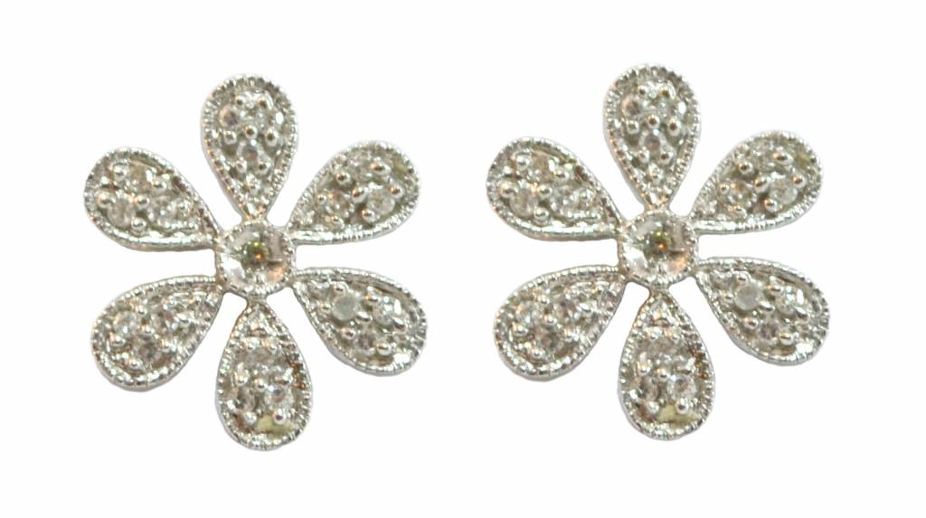 14kt White Gold Flower Stud Earrings