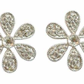 14kt White Gold Flower Stud Earrings