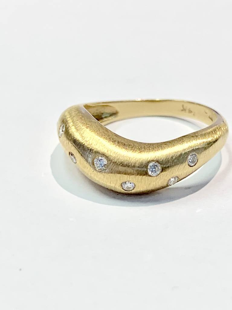 Freedman 14kt yellow gold curved diamond dome band