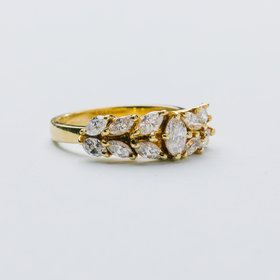 18kt Yellow Gold Marquise Diamond Band 1.25 Carat Total