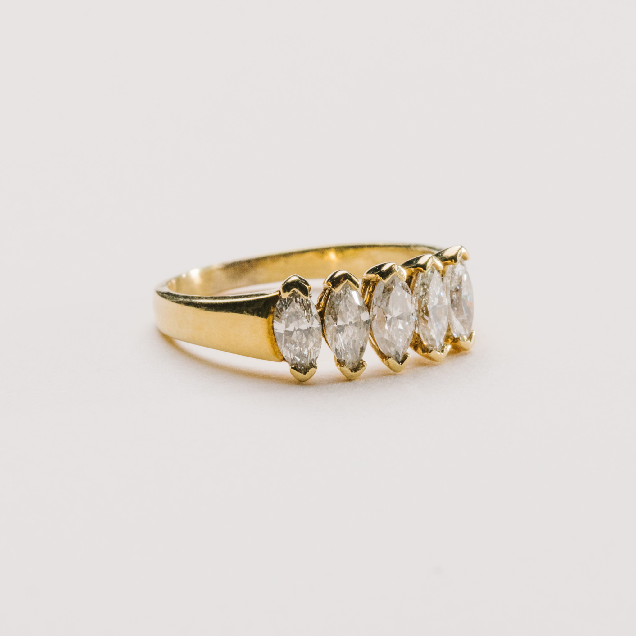 18kt Yellow Gold 5-Stone Marquise Band 1 Carat