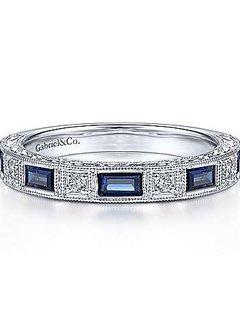 AN15367 Sapphire & Diamond Band
