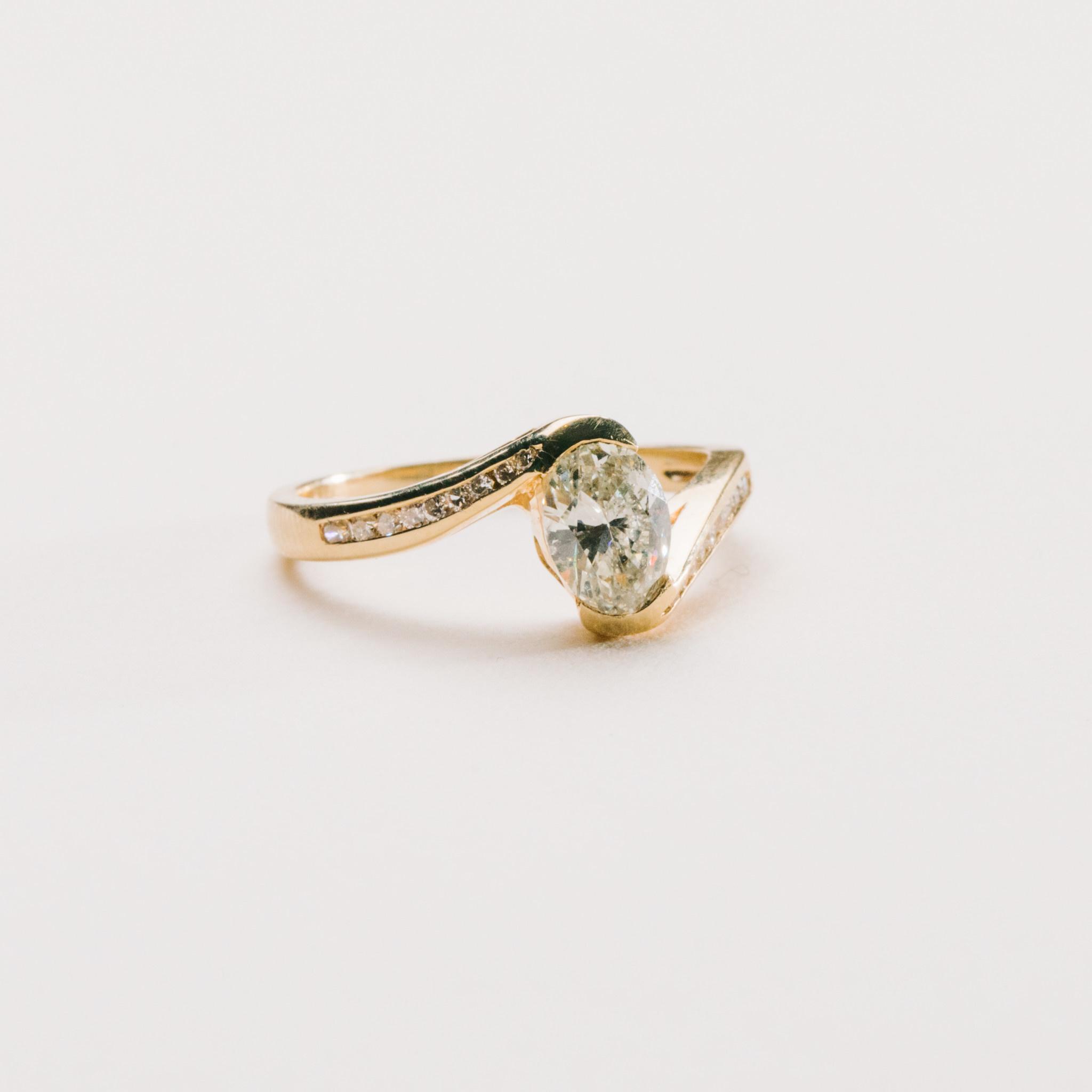Freedman Estate Bypass Oval Diamond Ring
