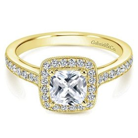 ER10694 yellow gold cushion halo