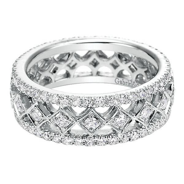 AN6027 diamond eternity band