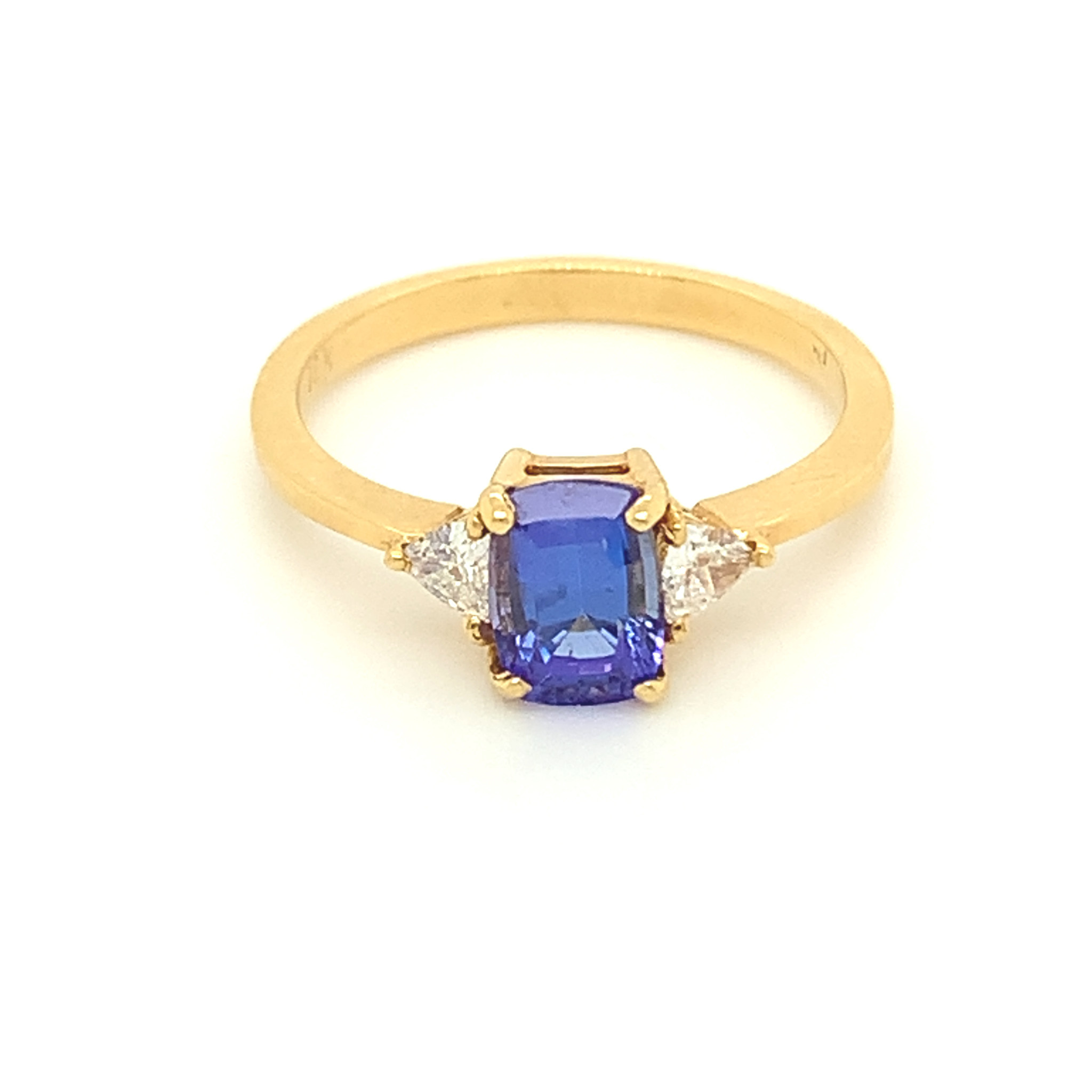 Freedman 18kt yellow gold Tanzanite & Diamond 3 stone Ring