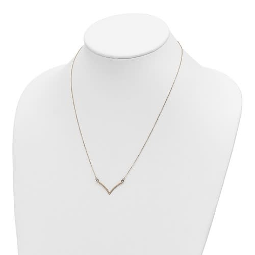 Q Gold 14kt Yellow Gold V Necklace