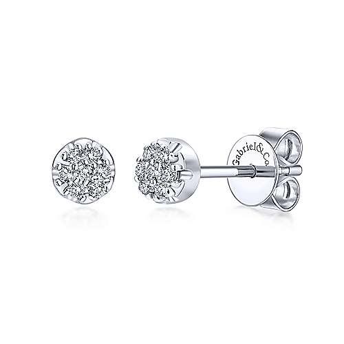 EG10597 14kt White Gold Diamond Cluster Earrings