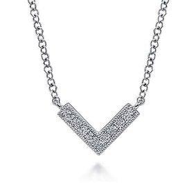 14kt White Gold Diamond Chevron Necklace