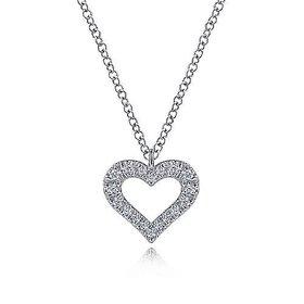 NK6489 14kt White Gold Diamond Heart Necklace