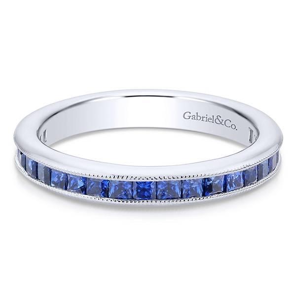 LR4574 princess cut sapphire band