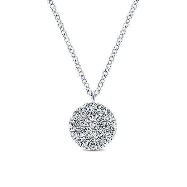 NK5334 diamond cluster pendant