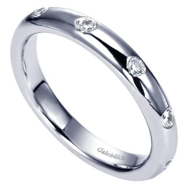 Gabriel & Co AN6006 burnish set diamond band