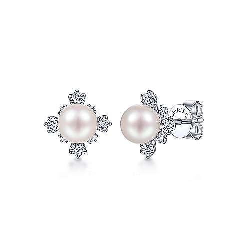EG14045 Pearl & Diamond Earrings