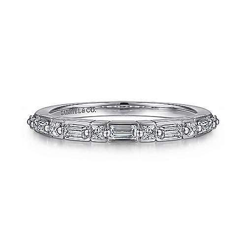 Gabriel & Co AN15570 alternating princess and baguette diamond band