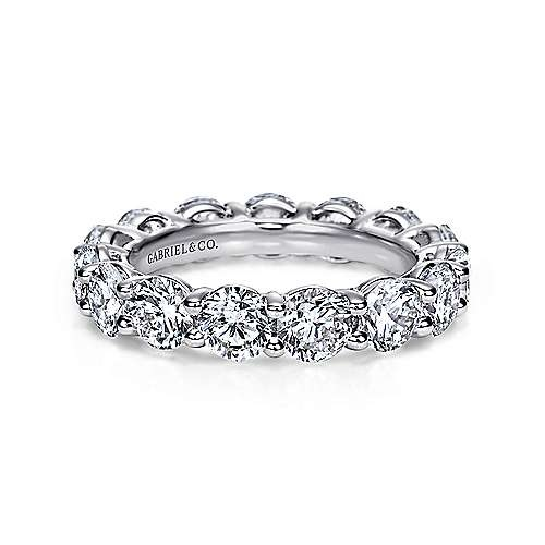 AN5263 eternity band 4.56 ct tw