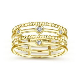 Wide gold diamond ring