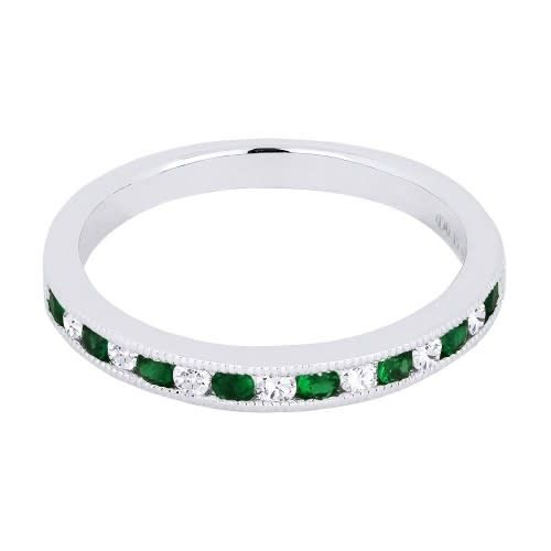 Alternating Round Diamond and Emerald Band