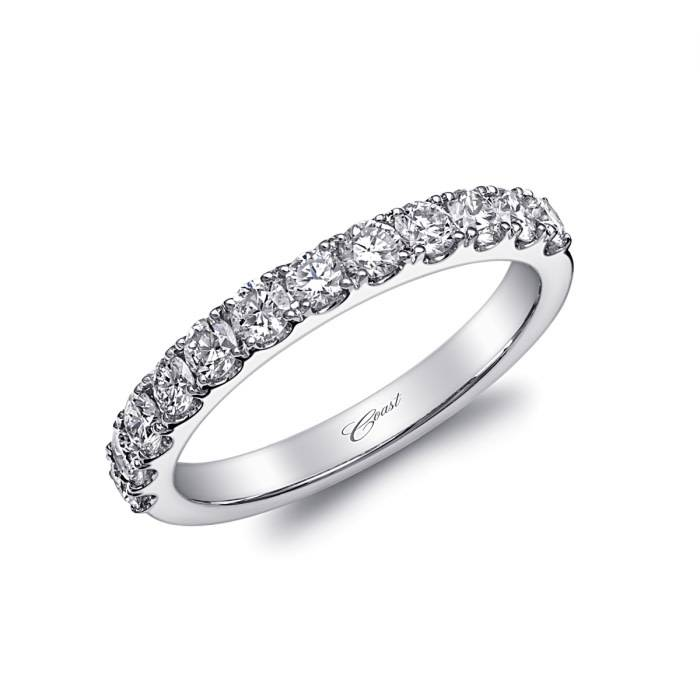 Coast WC20017 microprong wedding band