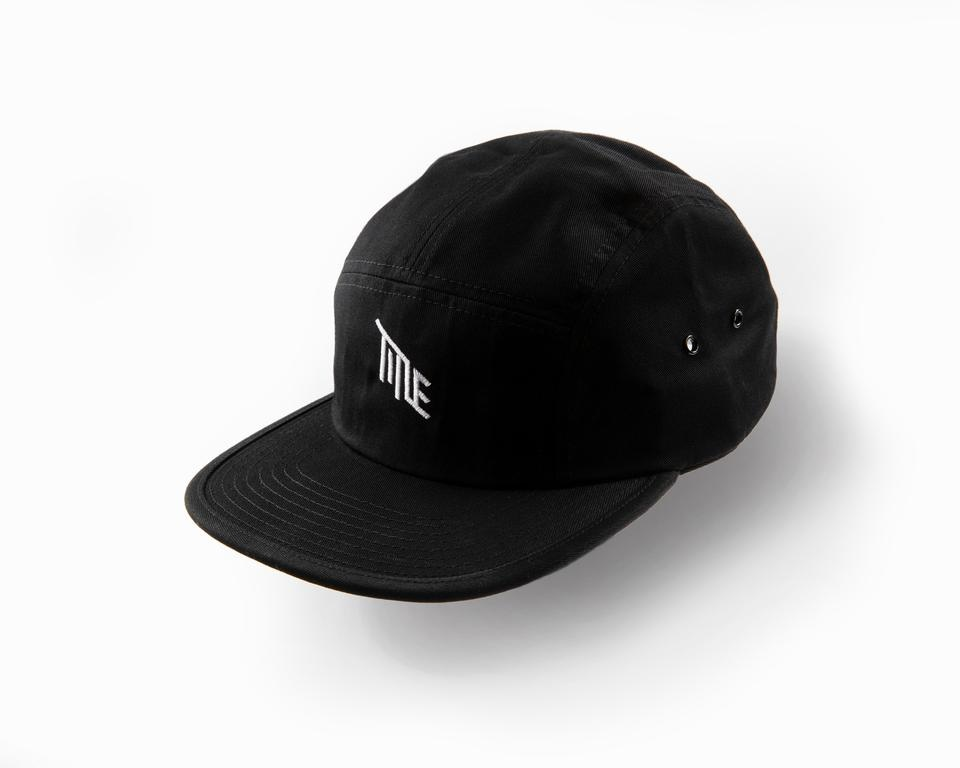 Title Black 5 Panel