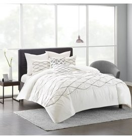 Sunita Tufted and Emroidered Comforter Set Queen