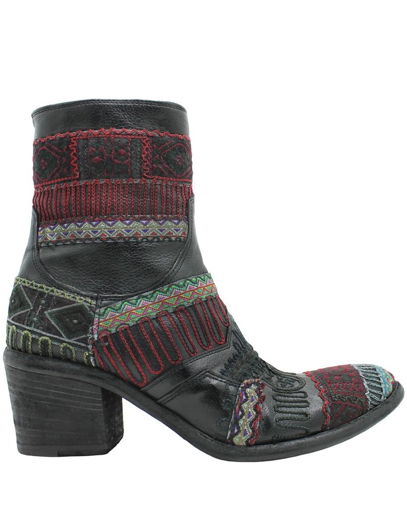FauzianJeunesse FauzianJeunesse Black Tribal Embroidered Ankle Boot 3453