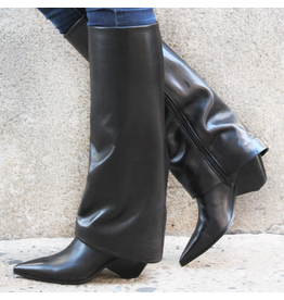 Elena Iachi ElenaIachi Black Leather Cuff Boot With Pointed Toe 4150