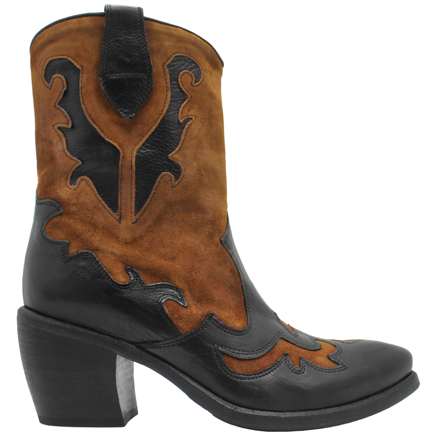 Tan Suede Cowboy Ankle Boot 6015 - Head