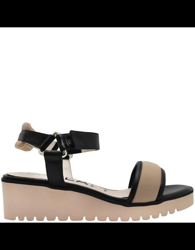 Gadea Gadea Nude Black Velcro Closure Sandal Natural Wedge Sole 1046