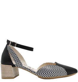 Gadea Gadea Black With Print Closed Toe Pointed Sandal 1152
