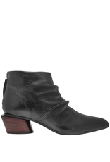 Halmanera Halmanera Black Point Toe Ankle Boot With Back Zipper 2027