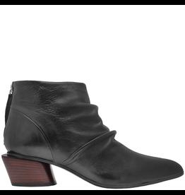 Halmanera Halmanera Black Point Toe Ankle Boot With Back Zipper 2027