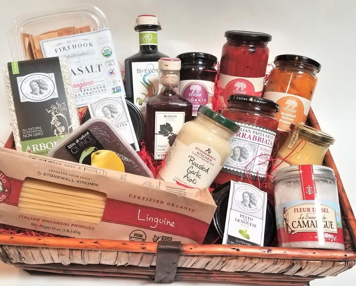 """The Gourmet Pantry"" Gift Basket"