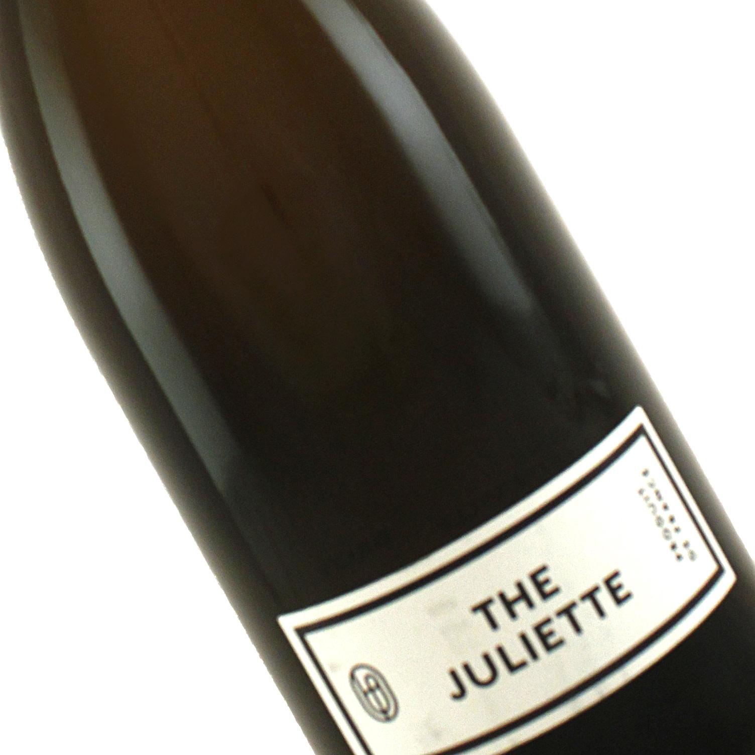 """Une Femme N.V. """"The Juliette"""" Brut Champagne"""