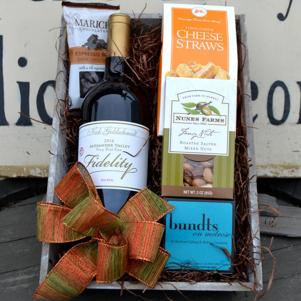 Fidelity Red Blend Gift Basket