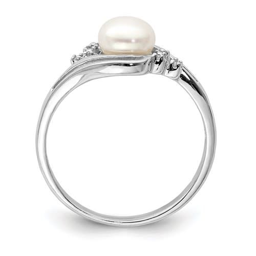 Sterling Silver Pearl & Diamond Ring Size 7
