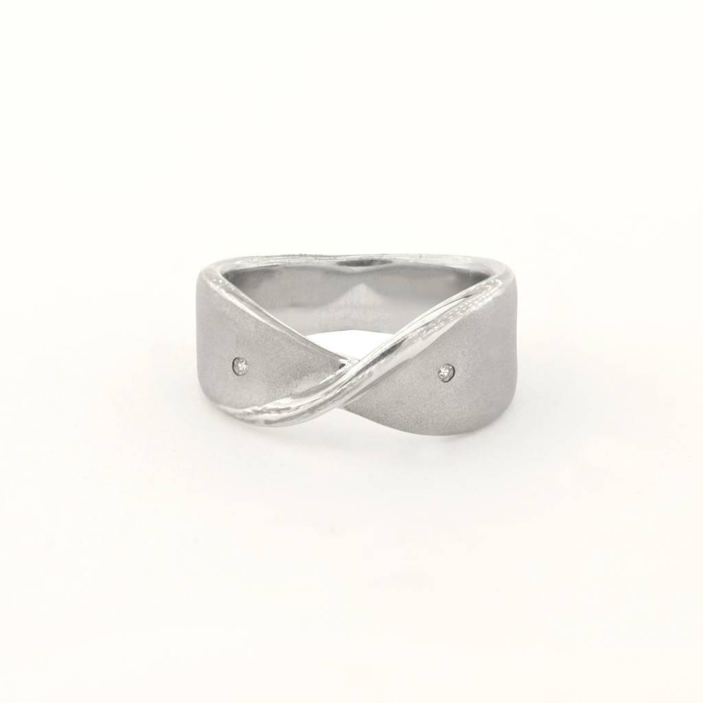 Sterling Silver Twist Satin Diamond Ring 0.02Ct Sz 6.5