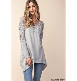 Kori Top-Oversized Jersey & Lace