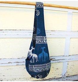 Art Studio Company Veggie-Dye Sling Bag-Giraffe (Indigo)
