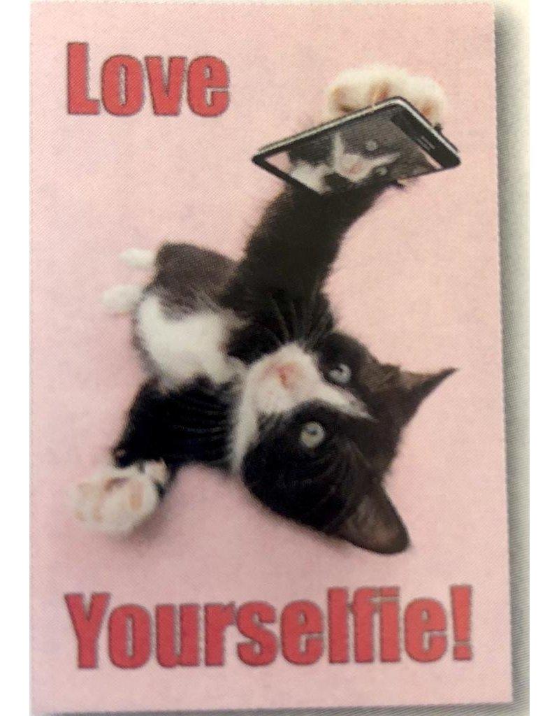 Leanin Tree MAGNET: Love Your Selfie! Black & White Cat